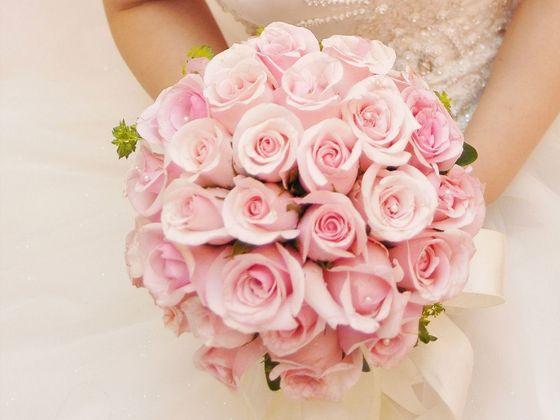 不同颜色的手捧花有什么含义